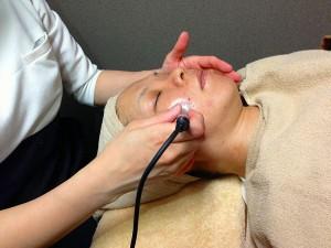 生コラーゲンバイオニックセルサーコース       「クレンジング+洗顔+肌別パック+生コラーゲン+セルサーマスク+ローションパック+スキンUP」初回限定!